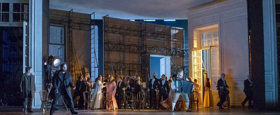 Hamlet | Met Opera LIVE